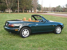 1990-1991_Mazda_MX-5_(NA)_Limited_Edition_convertible_01.jpg